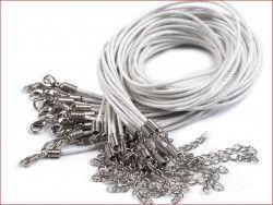 sznurek bawełniany wosk. biały z zapięciem
