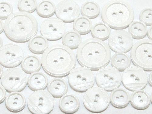 guziki mix 3 wielkości 40szt. biały