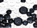 guziki 3 wielkości 40szt. mix biało-czarny