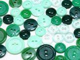 guziki mix 3 wielkości 40szt. mix zielonych
